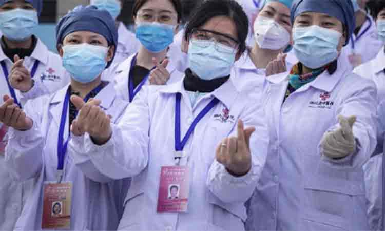 """Beijingul sarbatoreste """"victoria"""" asupra coronavirusului. Liliecii, cainii si pisicile se vand din nou in pietele din China"""