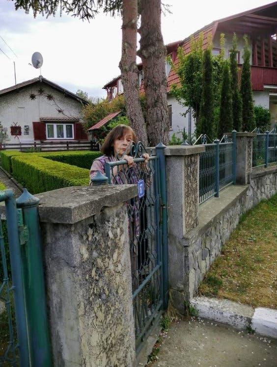 Marina Voica la gard