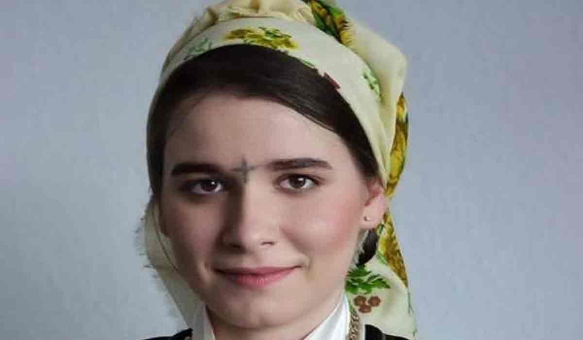 "Kira Hagi, poza emotionanta. De ce a ales fiica lui Gheorghe Hagi sa-si tatueze o cruce in frunte: ""Nu poate fi rapita"""