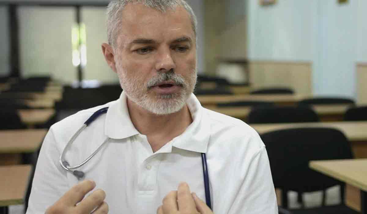 """Medicul Mihai Craiu, avertizeaza: """"Si a doua zi poti lua virusul"""""""