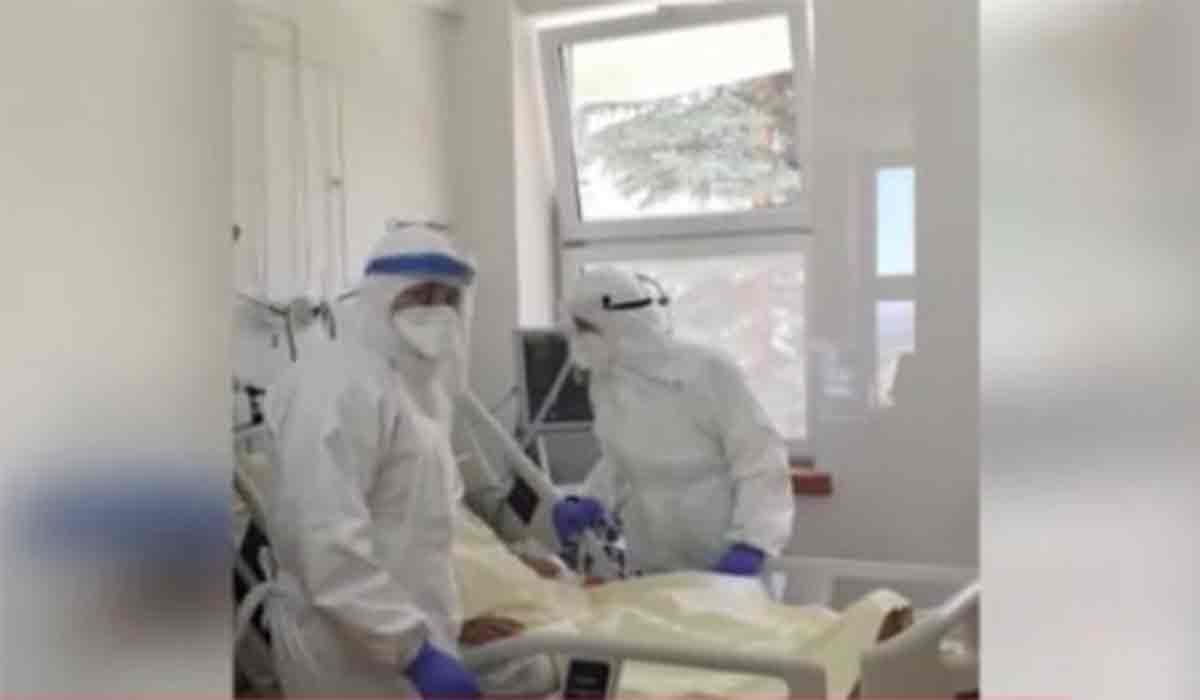 Sindromul grav identificat la copilul care a ajuns la terapie intensiva dupa ce s-a infectat cu noul virus