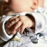Povestea bebelusului din Mures rapus de virus. Mama l-a abandonat