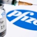 Marea Britanie aproba vaccinul Pfizer inaintea Statelor Unite