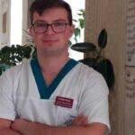 """Un tanar locotenent din Alba Iulia, medic rezident cu rezultate extraordinare, la Spitalul Clinic Militar de Urgenta """"Dr. Constantin Papilian"""" din Cluj-Napoca"""