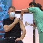 VIDEO Presedintele Klaus Iohannis s-a vaccinat impotriva COVID-19. Prima declaratie