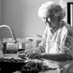 10 trucuri practice de la bunica care functioneaza in acelasi mod si astazi