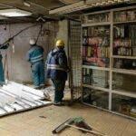 A inceput demolarea spatiilor comerciale de la metrou