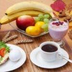 Mic dejun perfect – ce alimente nu trebuie consumate pe stomacul gol