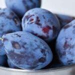 Prunele, fructele miraculoase pentru sanatate. Cinci beneficii valoroase