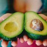 Consumati un avocado pe zi pentru a pierde in greutate, pentru a va proteja impotriva diabetului, pentru a evita cancerul si multe altele